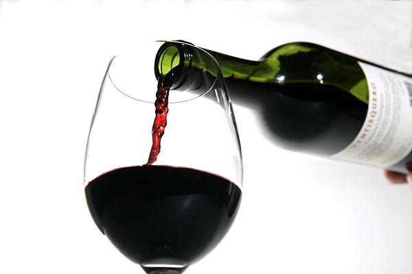 ¿Los cristianos pueden beber alcohol?